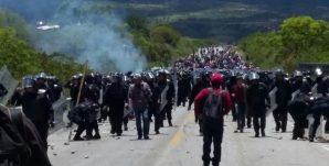 policias-en-oaxaca-toletes-770x392