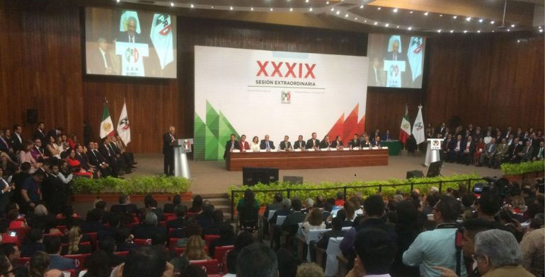 Claudia Ruiz Massieu rinde protesta como secretaria general del PRI