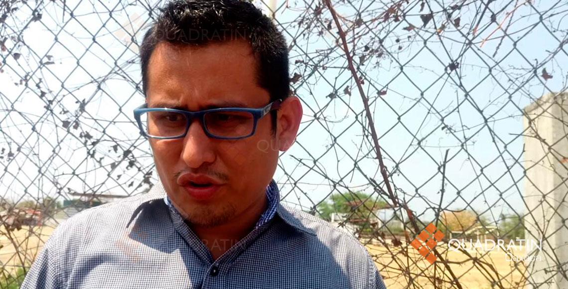 Habitantes retienen a funcionario de Juchitán #Oaxaca #SEDATU