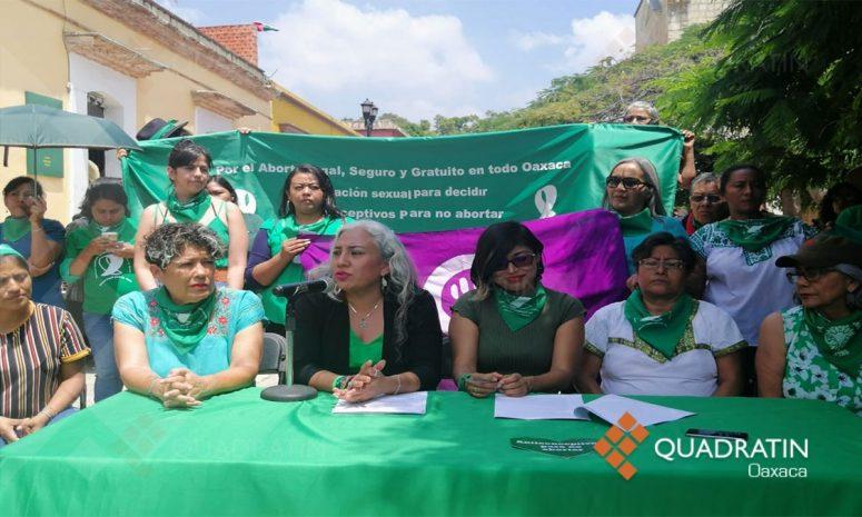 Feministas rechazan consulta para decidir votación sobre aborto