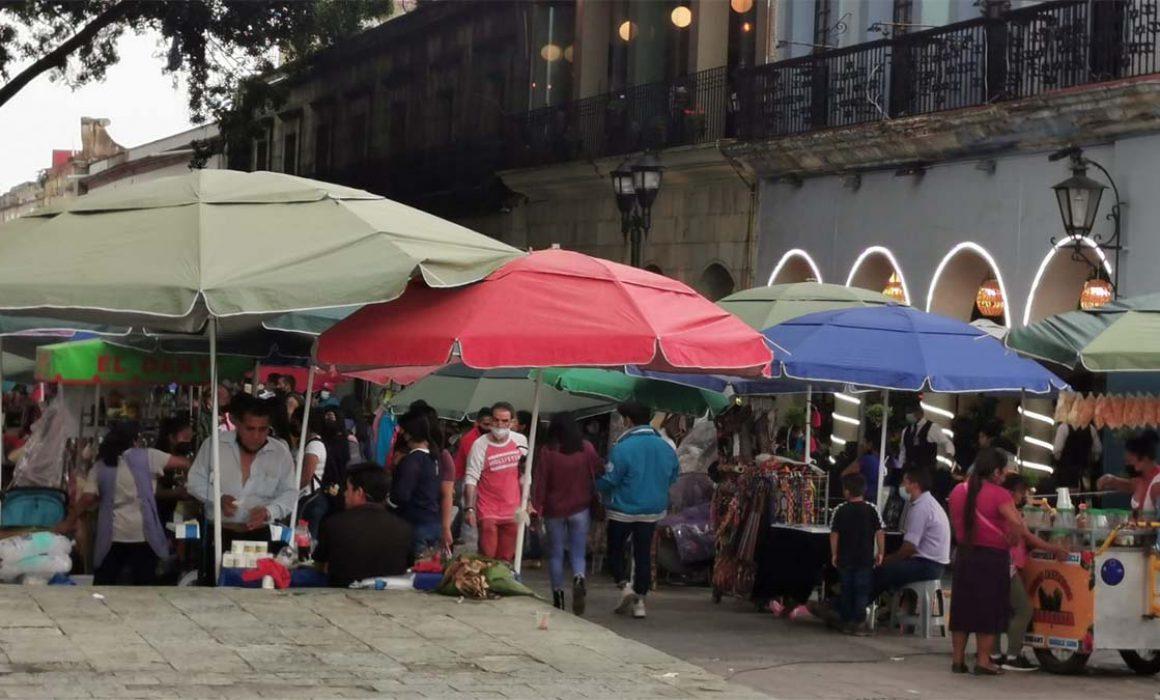 Centro de Oaxaca, invadido por charlatanes y ambulantes