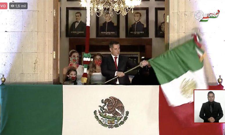 Cumple Alejandro Murat con su quinto Grito de Independencia